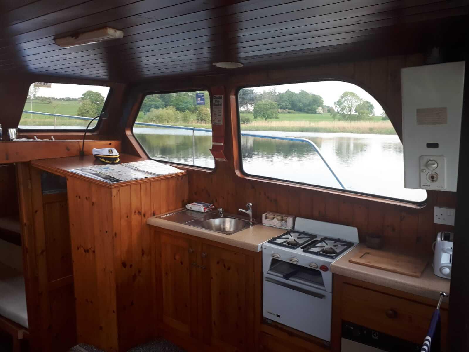 Cruiser Boats Ireland - Shannon Boat Rental 21
